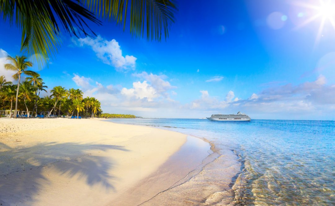 Crystal_Serenity_Bahamas_Cruise_Blondes
