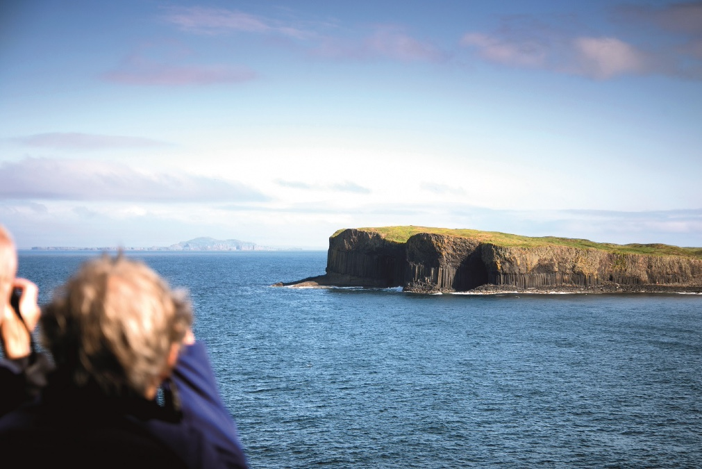 Fred_Olsen_Fingals_Cave_cruise_blondes_summer_staycations