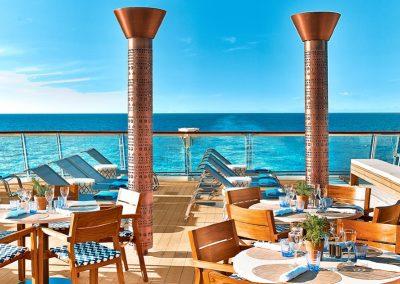 Dining_Alfresco_Viking_Cruise_Blondes