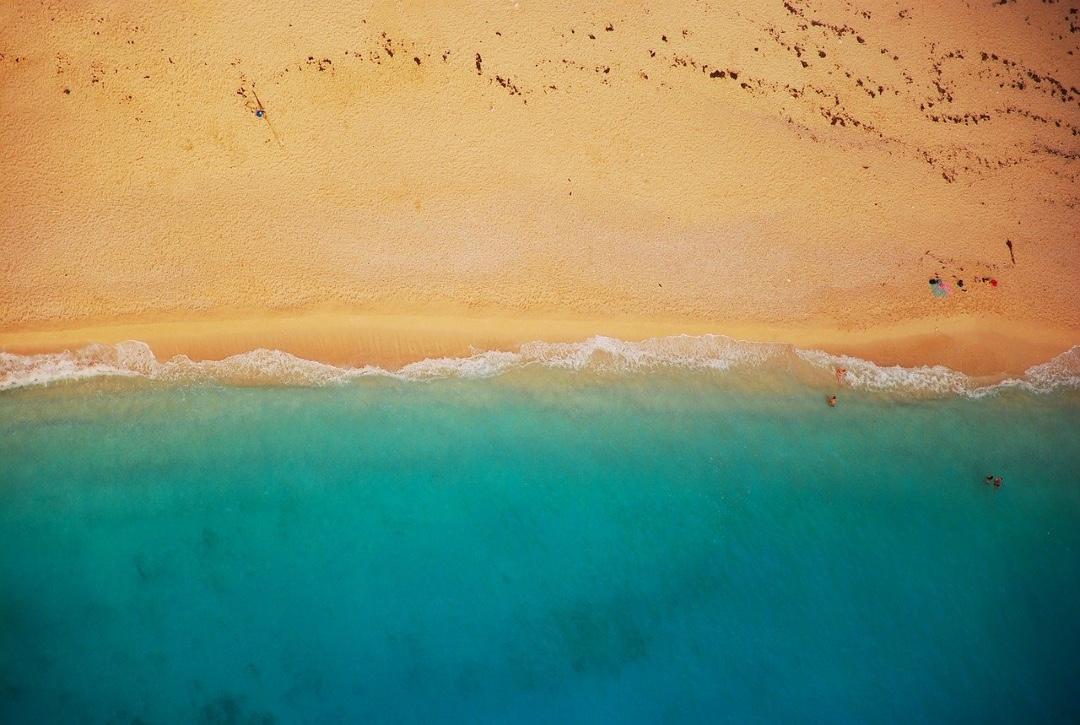 Beach_Summer_cruise_fun_cruise_Blondes