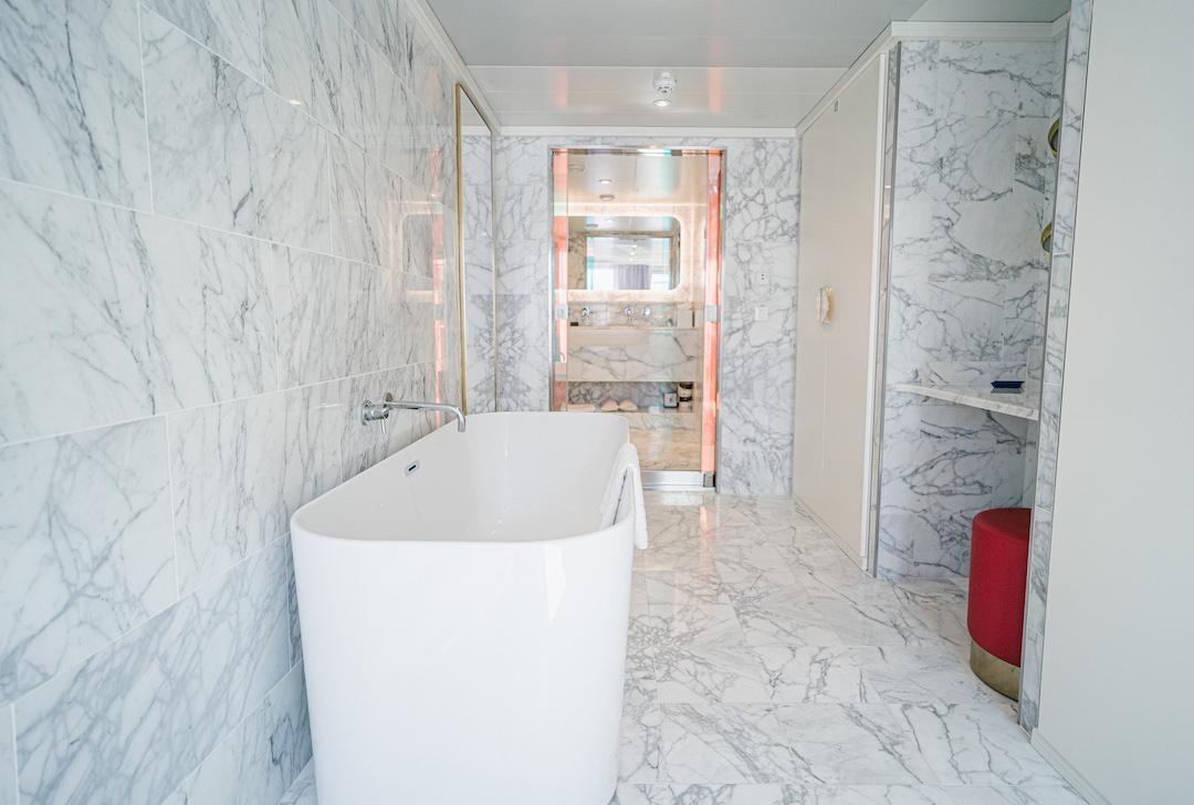 Marble_Bathroom_Massive_Suite_Scarlet_Lady
